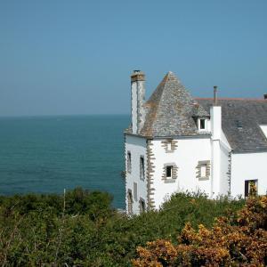 Hotel Pictures: Villa Bretagne I, Locquirec