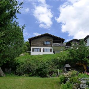 Hotel Pictures: Holiday Home Chalet Stöckenweidstrasse, Gommiswald