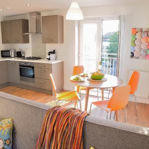 Hotel Pictures: Westlake Apartments, Peterborough