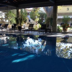 Hotel Pictures: La Villa Mazarin, Aigues-Mortes
