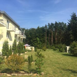 Hotel Pictures: Ruhige Ferienwohnung in Graal Müritz (EW), Graal-Müritz