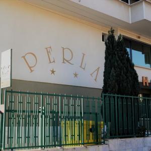 Fotos do Hotel: Hotel Perla, Gorna Oryakhovitsa