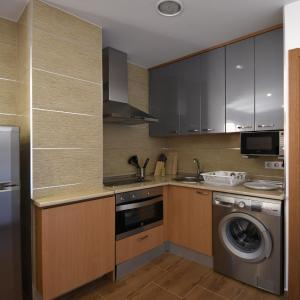 Hotel Pictures: Apartamentos La Rocanda, Coca