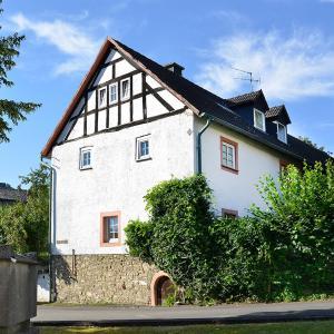 Hotel Pictures: Zum Pinken Schaf, Ahrdorf