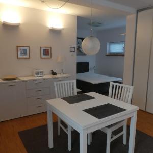 Hotel Pictures: Modernes Apartment Schönbach, Herborn