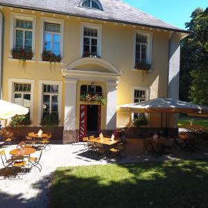Hotel Pictures: Hotel Villa Wirtshaus Köpenick, Hofgeismar