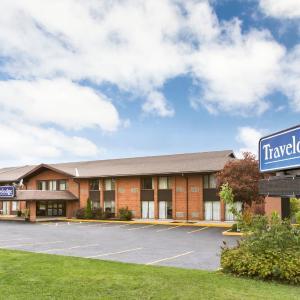 Hotel Pictures: Travelodge Owen Sound, Owen Sound