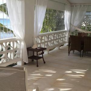 Fotografie hotelů: Sea Eagle Beach Villa, Saint James