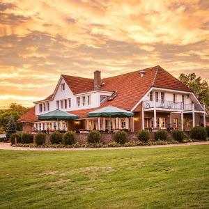 Hotelbilleder: Zur Gutsstube - Golf- & Jagdakademie Schloss Wilkendorf, Wilkendorf
