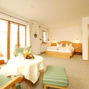 Hotelbilleder: Gästehaus Bernhard, Krün
