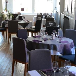Hotel Pictures: Le Petit Trianon, Saint-Brevin-les-Pins