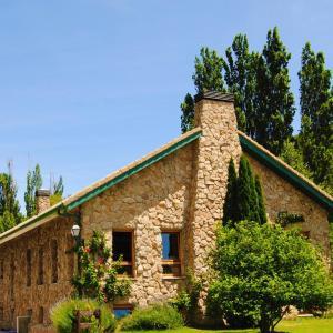 Hotel Pictures: Albergue Valle de los Abedules, Bustarviejo