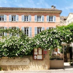 Hotel Pictures: Le Clair de la Plume - Chateaux et Hotels Collection, Grignan