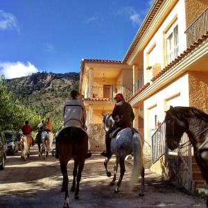 Hotel Pictures: Apartamentos rurales Casas de Haches, Las Casas de Haches