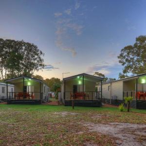 Hotellbilder: Poona Palms Caravan Park, Boonooroo