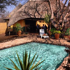 Foto Hotel: Lesoma Valley Lodge, Kasane