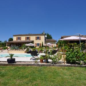 Hotel Pictures: Les Trois Chênes, Saint-Colomb-de-Lauzun