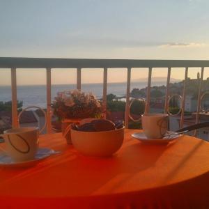Hotellikuvia: Apartments Roncevic, Gradac