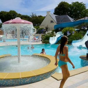 Hotel Pictures: Camping du Poulquer, Bénodet