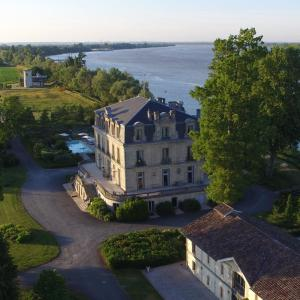 Hotel Pictures: Château Grattequina Hôtel, Blanquefort