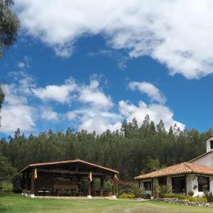 Hotel Pictures: Hotel Casa Campestre San Mateo, Nobsa