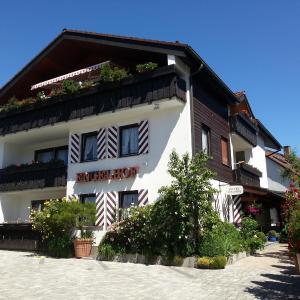 Hotel Pictures: Hotel Engelhof garni, Tutzing