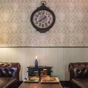 Hotel Pictures: The Alexandra Pub, Farnborough
