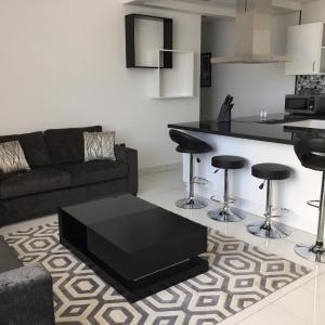 酒店图片: Espace Holiday Homes - Giovanni Boutique Suites 6, 迪拜