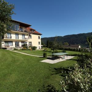 Fotos de l'hotel: Ferienwohnungen Kircher Villa Baudisch, Sattendorf