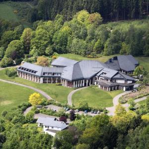 Hotel Pictures: VCH Hotel Haus Nordhelle, Meinerzhagen