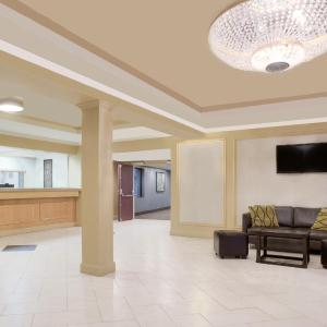 Hotel Pictures: Howard Johnson Inn and Suites Miramichi, Miramichi