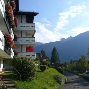 Hotelbilleder: Sonniges Appartement mit Balkon und Bergblick, Pfronten