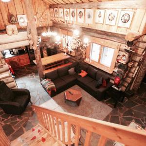 Hotellikuvia: Leviroyal Teeritaivas Cottage, Levi