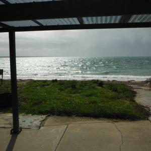 Hotel Pictures: Rose's Beach House, Pine Point