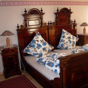 Hotelbilleder: Ferienwohnung zum Engelteich, Nachtsheim