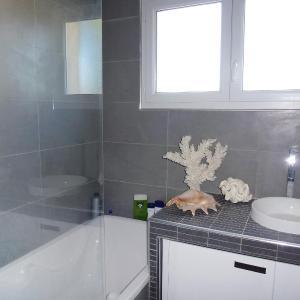 Hotel Pictures: Villa Olympie, Aigues-Mortes