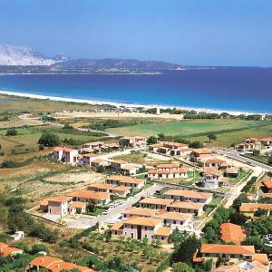Foto Hotel: Locazione turistica Le Canne.6, San Teodoro
