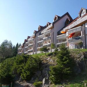 Hotelbilleder: Apartment Schwarzwaldblick.25, Schonach