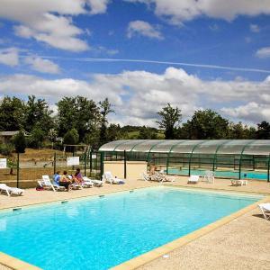 Hotel Pictures: Holiday Home Hameaux de Miel.4, Cors