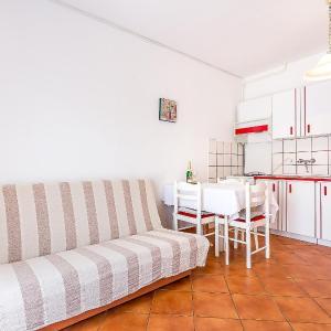 Hotellbilder: Apartment DRAGICA - VAL 708, Fažana