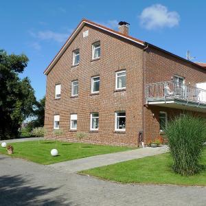 Hotel Pictures: Apartment Remmershof.3, Dornumersiel
