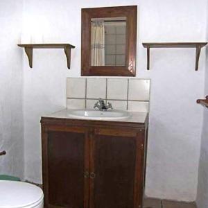 Hotel Pictures: Holiday Home El estanco viejo - Casa Poleo, Adeje