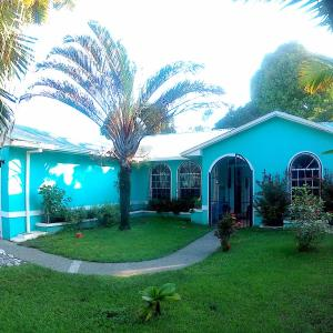 Hotel Pictures: Casa Celeste Del Golfo Dulce, Puerto Jiménez