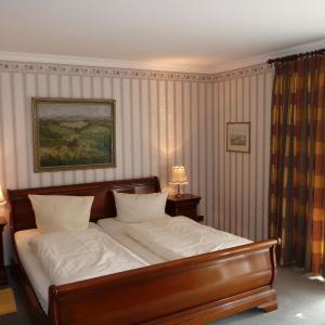 Hotel Pictures: Gästehaus Krone Altweil, Weil am Rhein