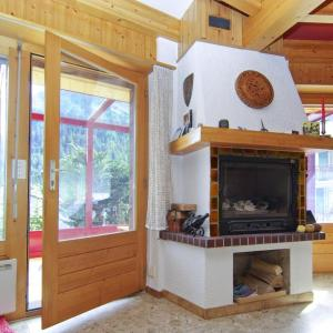 Hotel Pictures: Chalet Furby, Champex