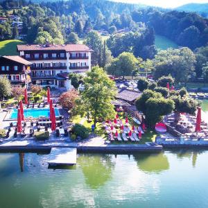 Hotel Pictures: Seehotel Schlierseer Hof, Schliersee