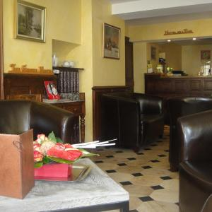 Hotel Pictures: Hotel L' Ecu, Montbard