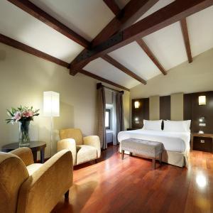 Hotel Pictures: Eurostars Palacio de Santa Marta, Trujillo