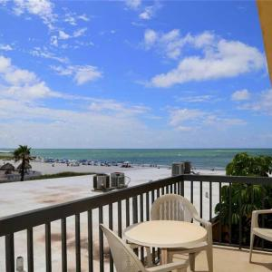 Fotos del hotel: Surf Song - One Bedroom Apartment - 350, St Pete Beach