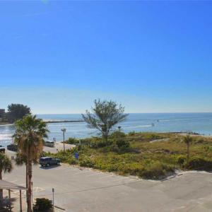 Фотографии отеля: Beach Place - Three-Bedroom Apartment - 305, Сант Пит Бич